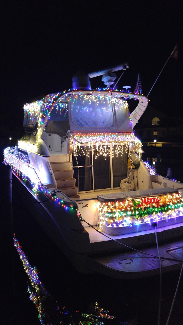 Palm Coast Yacht Club Holiday Boat Parade